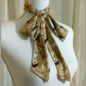 Women's scarf of lady in 1920's hair